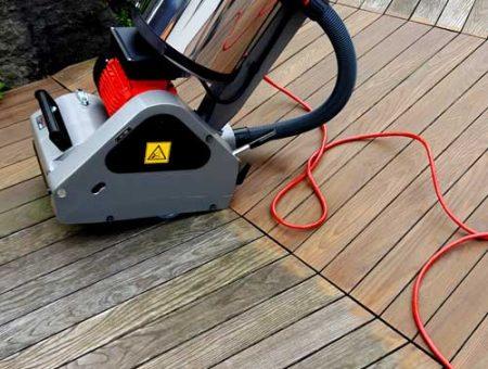 Holzterrasse reinigen und pflegen