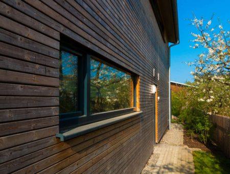 Fassadenexkurs – Die elegante Thermoholz Rhombus Fassade